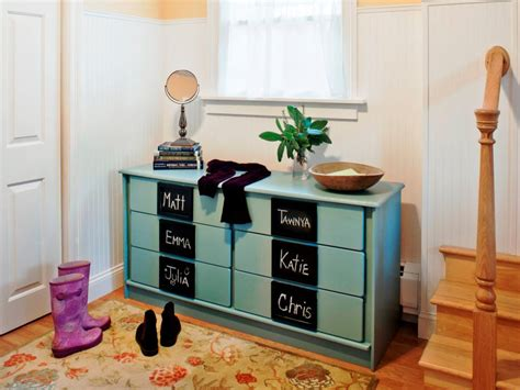 Ways To Paint A Dresser by 19 Creative Ways To Paint A Dresser Diy