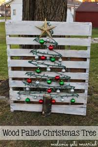 Corner Dining Table Corner recycled wooden pallet christmas decor ideas recycled