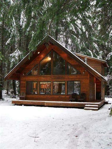 25 best ideas about log cabin houses on log