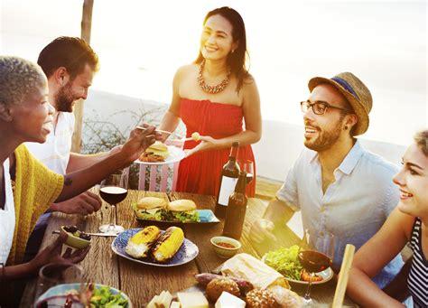 regole galateo a tavola galateo a tavola nel mondo la cucina italiana