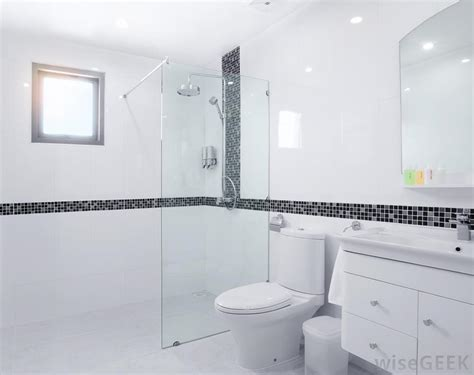 bathroom shower materials what are the different types of bathroom tile patterns