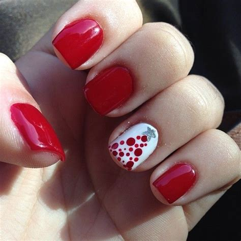 christmas pattern nails cute christmas nails nail designs pinterest