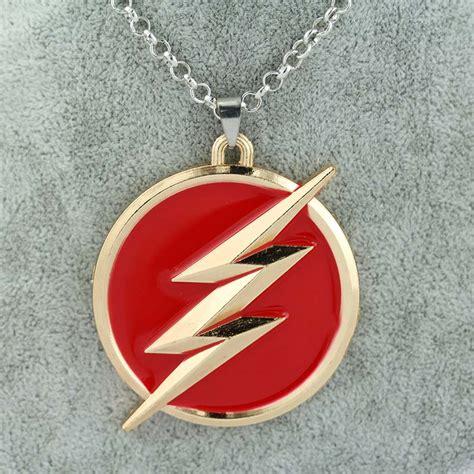the flash logo necklace jagfox
