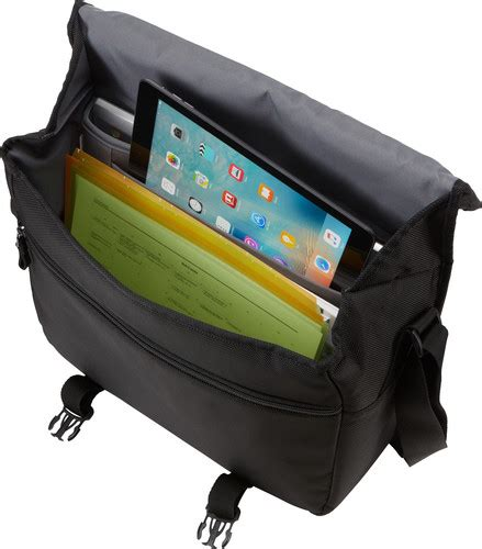 Ces 2007 Laptop Messenger Bags Digicam Cases And Mp3 Cases From Golla by Logic Bryker Messenger Bag End 11 14 2019 2 43 Pm
