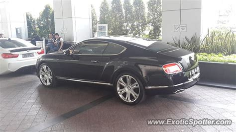 bentley indonesia bentley continental spotted in jakarta indonesia on 10 15