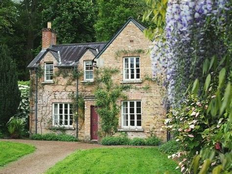 english cottages for sale 1000 ideas about english cottage decorating on pinterest cottage decorating english cottages