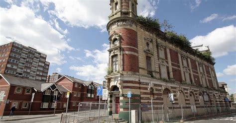 motor factors abergavenny palace theatre in swansea in danger of collapse wales