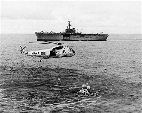 apollo 13 recovery helicopter & uss iwo jima photo print
