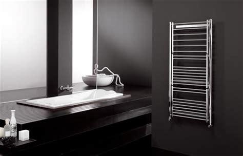 come scaldare il bagno termoarredi per il bagno arredativo design magazine