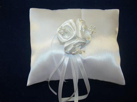 cuscini eleganti eleganti cuscini portafedi feste matrimonio di