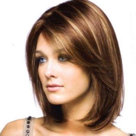 tendances coiffurecoiffure femme mi long avec frange — les