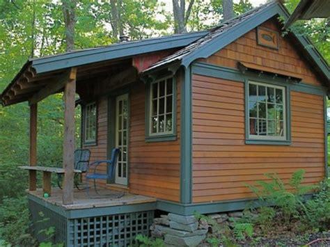small cabin solar systems small solar houses floor plans do yourself solar power kits solar powered cabin off grid