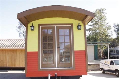 prefab caravan tiny house on wheels livable or not