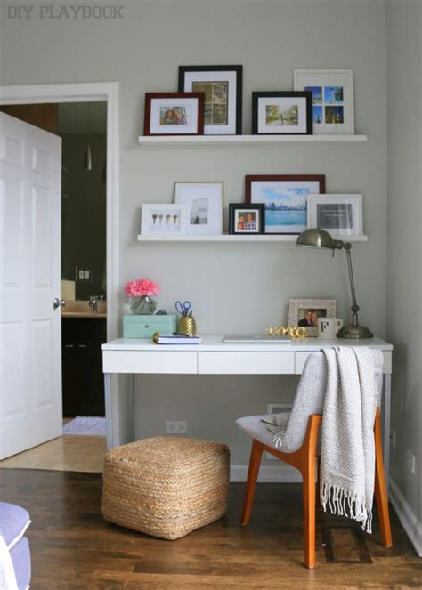 desk in small bedroom 25 best ideas about living room desk on