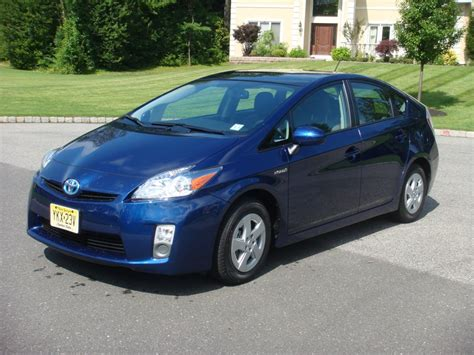 2010 toyota prius review 2010 toyota prius reviewing the reviews