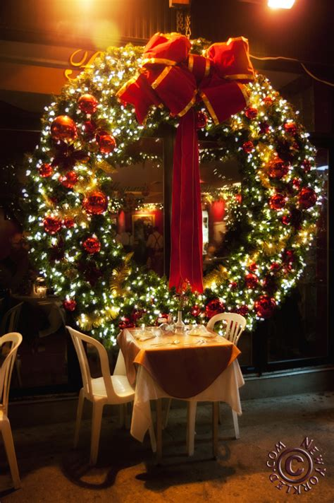 awesome christmas wreaths ideas   types  decor