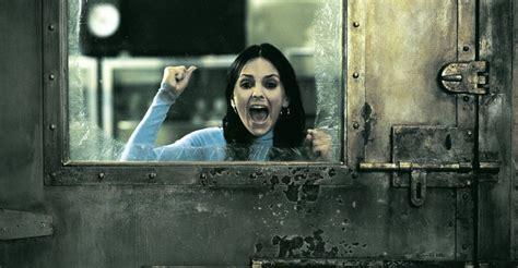 watch online scary movie 2 2001 full hd movie official trailer scary movie 2 movie watch stream online