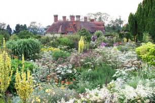 plants and planting great dixter