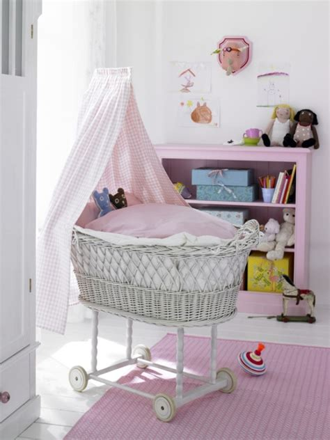20 Gentle Vintage Nursery Decor Ideas For Your Baby Vintage Baby Nursery Decor