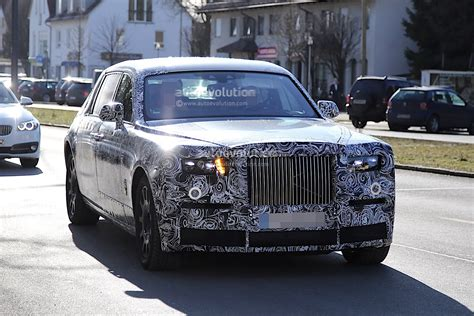 roll royce car 2018 2018 rolls royce phantom spied with no visible major