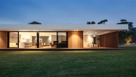 design house australia a wood and glass holiday house in australia design milk