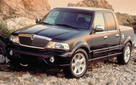 2001 2003 lincoln blackwood review top speed