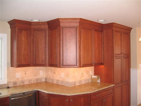 Crown Moulding Ideas For Kitchen Cabinets Kitchen Cabinets W Crown Moulding Peters Custom Carpentry