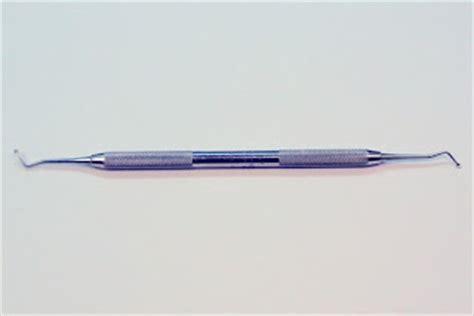 Pinset Biasa menyediakan alat kedokteran gigi untuk mahasiswa kedokteran gigi