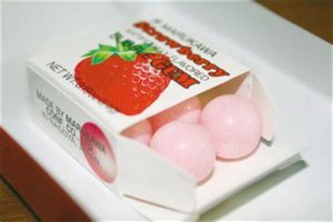 Headset Bentuk Buble Gum Coklat throwback makanan popular di zaman kanak kanak hostel malaysia