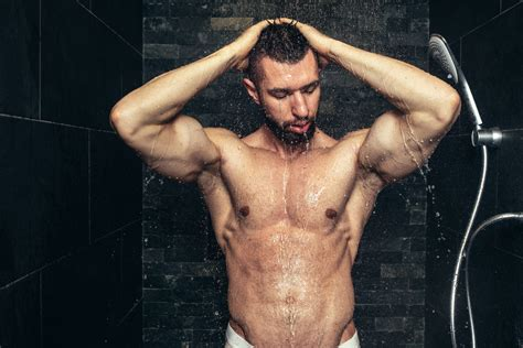 Cold Or Shower After Workout by Is It Better To Shower In Cold Or Water After A