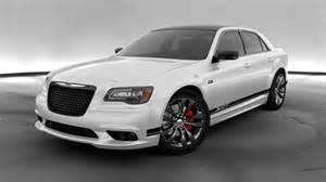 Chrysler Srt8 2015 Chrysler 300 Srt8 Lives On In The Middle East