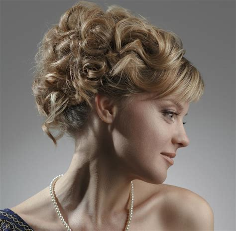 Knot Hairstyles by Cool And Hairstyles For Naturally Curly Hair