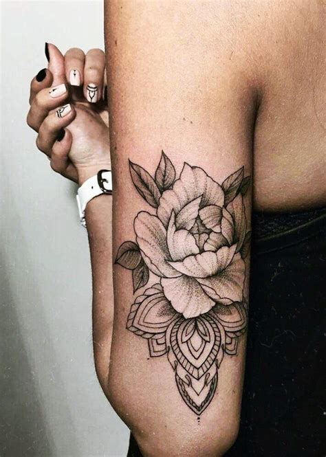 good fortune tattoo 25 luck tattoos to invite fortune buzz 2018