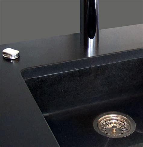 Evier Cuisine Sous Plan by Grand 233 Vier Sous Plan En Granit Noir Projets 224 Essayer