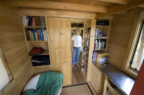 tiny house tours tour of the epu