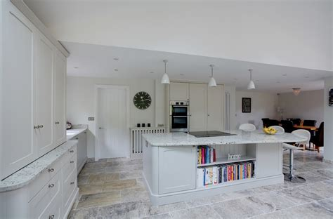 Colonial Granite With White Cabinets by Interior Colonial White Granite With White Wall And White