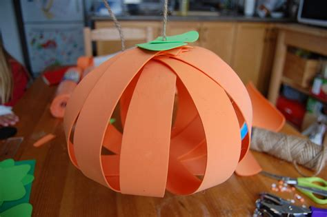 How To Make A Pumpkin With Construction Paper - a twist on the paper pumpkin craft northstory