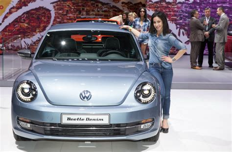 Special edition VW Beetle Convertible concept Denim front