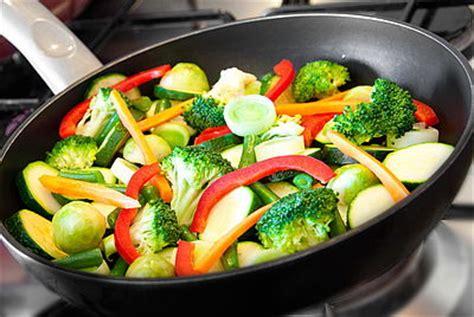 faire r馘uire en cuisine comment faire cuire les l 233 gumes a l eau cahier de cuisine