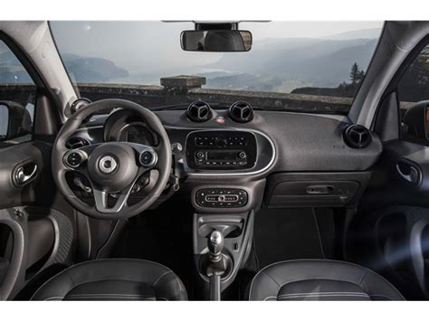 Interior Of Smart Car by 2017 Smart Fortwo Interior U S News World Report