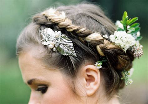 Backyard Wedding Hairstyles Garden Wedding Ideas Real Weddings 100 Layer Cake
