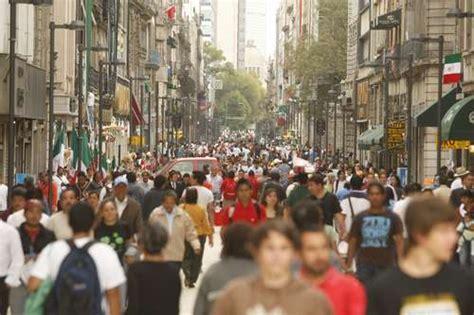imagenes urbanas con personas la jornada alberga la ciudad de m 233 xico 5 mil 920 personas
