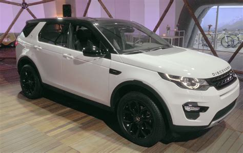land rover discovery sport black landrover discovery sport se my2015 black pack brussels
