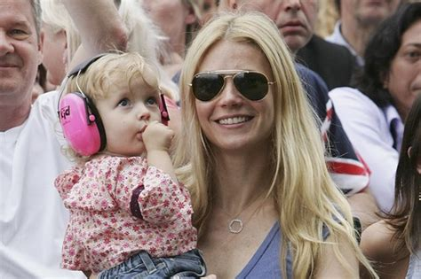 what celebrity named their kid apple 10 celebrity children with weird names wonderslist