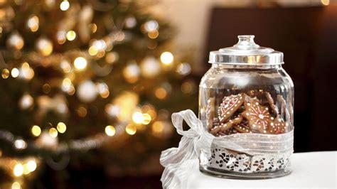 como decorar tarros de cristal para navidad pi 241 as y bolas de navidad en tarros de cristal