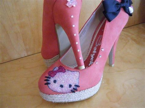 cute  kitty high heels shoes  girls calgary edmonton toronto red deer lethbridge