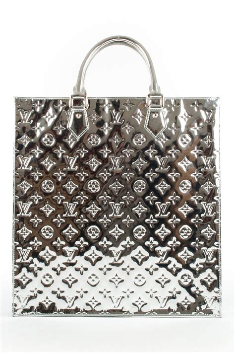 ideas  silver handbags  pinterest silver