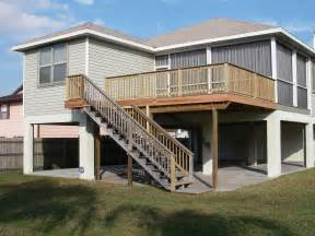 pinellas rad deck with stairs