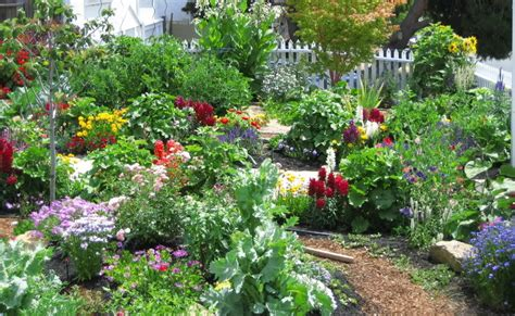 Cottage Flower Gardens Two And A Farm Inspiration Thursday A Cottage Garden