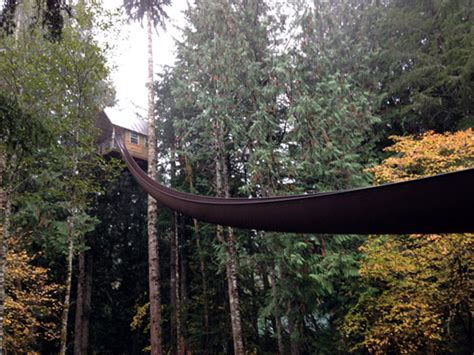 cedar creek treehouse washington 10 novelty hotels around the world you ve got to see to